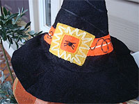 Faux Embroidered Felt Witch's Hat Pet Costume