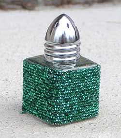 Contempo Salt or Pepper Shaker